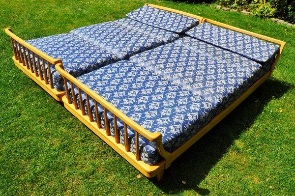 aller leih. Black Bedroom Furniture Sets. Home Design Ideas